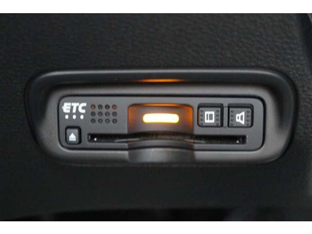 RS・ホンダセンシング 純正ナビ Bカメラ フルセグ パドルシフト レーダークルコン アルミ 衝突被害軽減 LEDヘッドランプ ナビTV キーレス ワンオーナー車 シートヒー スマートキー ETC メモリーナビ DVD(19枚目)