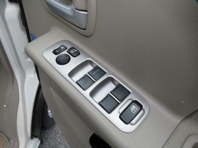 PZターボスペシャル4WD ハイルーフ SDナビ/両自動ドア(13枚目)