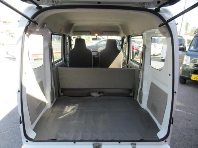 提携認証整備工場完備。車検や点検整備も対応いたします。