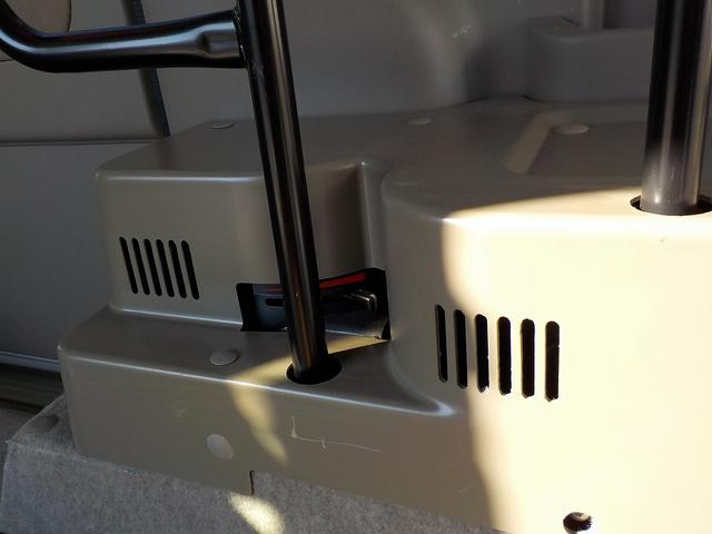 福祉車両 スローパー 電動ウィンチ ナビ ターボ 4AT(16枚目)