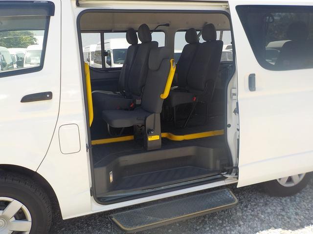 福祉車両 Cタイプ 車いす1脚仕様 自動ドア 純正Bカメラ(18枚目)