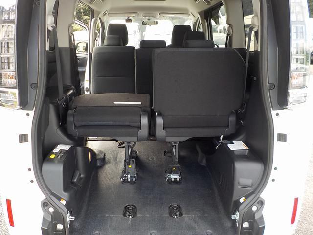 福祉車両 スロープタイプII 8人 両側自ドア インテリキー(20枚目)
