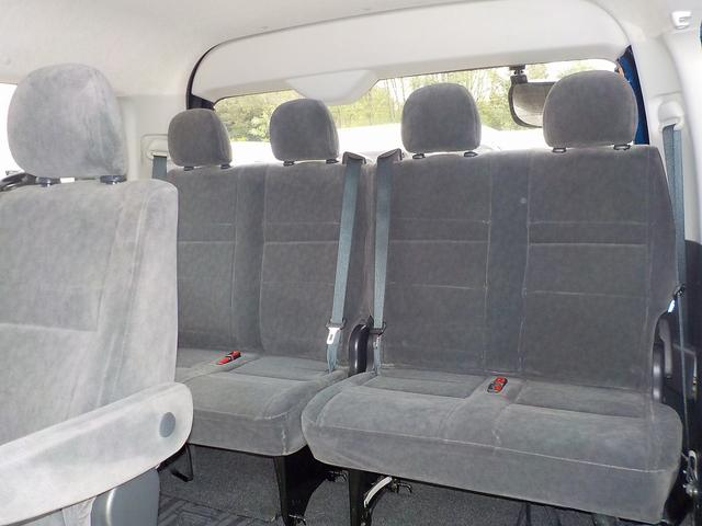 GL 4WD 寒冷地仕様 10人乗り 自動ドア ナビBカメラ(18枚目)