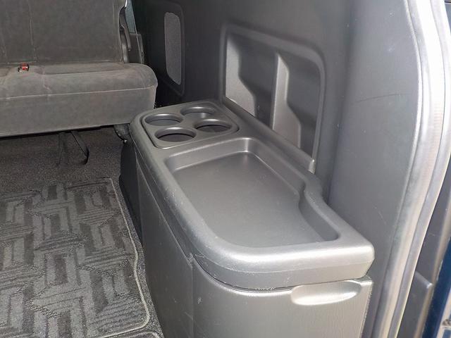 GL 4WD 寒冷地仕様 10人乗り 自動ドア ナビBカメラ(19枚目)