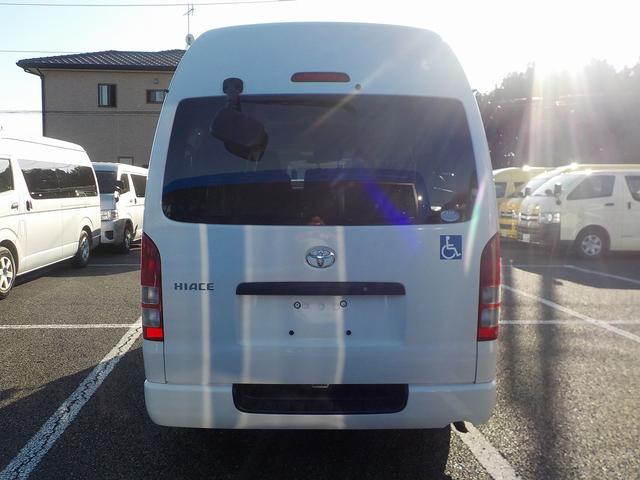 福祉車両 車いす2脚 自動ドア ルーフサイドウィンドゥ(6枚目)