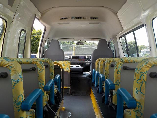 幼児バス 大人3名幼児24名 ナビBカメラ 幼児シートベルト(22枚目)