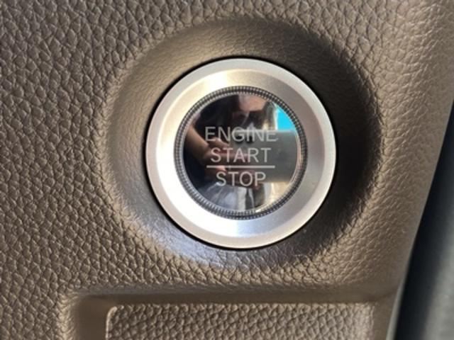 L 届出済み未使用車 ホンダセンシング スマートキー ステアリングリモコン LEDヘッドライト シートヒーター(24枚目)