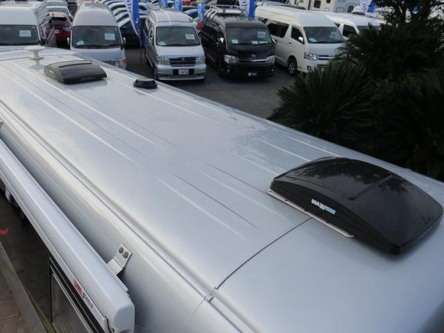 キャンピングカー RVランド製 ランドホーム 4000ccディーゼルターボ適合車 ロング ワンオーナー車 シンク 冷蔵庫 トイレ 温水ボイラーシャワー FFヒーター テレビ 電子レンジ 家庭用エアコン(80枚目)