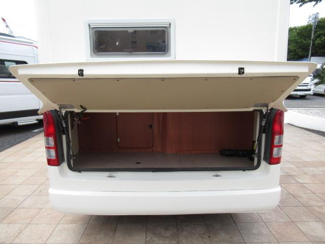 キャンピングカー キャブコン ファンルーチェ セレンゲティ サブバッテリー 1500Wインバーター 電子レンジ FFヒーター 65L冷蔵庫 走行充電 外部充電 外部電源 メモリーナビ バックカメラ(62枚目)