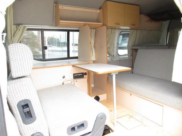 デルタリンク デルタワゴン 2WD 2700cc キャンピングカー バンコン 8人乗車 3人就寝 FFヒーター 冷蔵庫 シングルサブバッテリー 給排水10Lタンク 外部電源 バックカメラ ETC(5枚目)