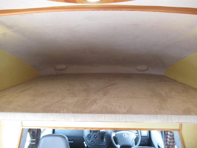 キャンピングカー キャブコン AtoZ アレン サブバッテリー 1500Wインバーター ウィンドウエアコン 電子レンジ マックスファン DC40L冷蔵庫 シンク 走行充電 外部電源(10枚目)
