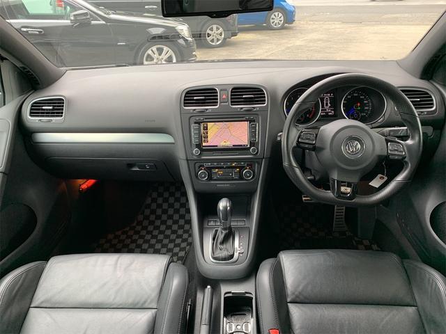 R 安心輸入車保証付き ターボ 4WD ブラックレザーシート 純正ナビ フルセグTV バックカメラ シートヒーター ETC クルーズコントロール(2枚目)