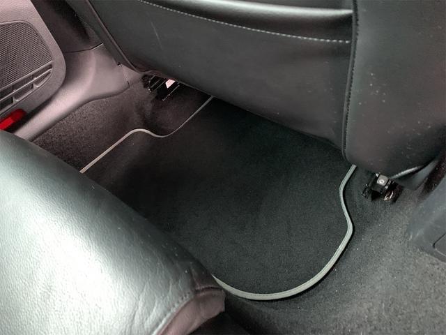 R 安心輸入車保証付き ターボ 4WD ブラックレザーシート 純正ナビ フルセグTV バックカメラ シートヒーター ETC クルーズコントロール(29枚目)
