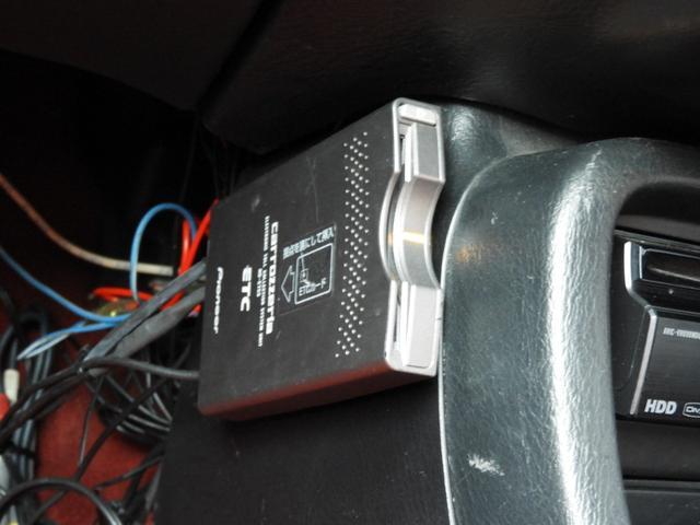 タイプR 車高調 レカロ HDDナビ ETC 社外ヘッドライト HID タイミングベルト交換済 コダワリの前期型EK9 規制前マフラーが装着できるのは前期だけ(27枚目)