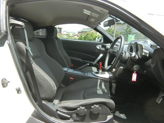 ベースグレード 6速MT 19インチアルミ GT-R風フルエアロ 社外マフラー タイミングチェーン VQ35 キーレス HDDナビ MOMOステ 電格ミラー(50枚目)