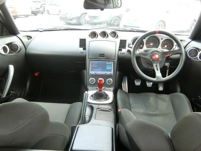 ベースグレード 6速MT 19インチアルミ GT-R風フルエアロ 社外マフラー タイミングチェーン VQ35 キーレス HDDナビ MOMOステ 電格ミラー(65枚目)