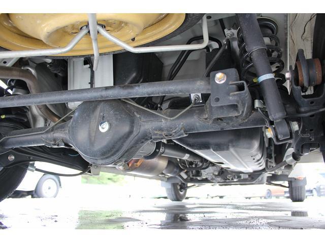 キャンピング 岡モータース ミニチュアクルーズ オリーブ シンク FFヒーター インバーター 外部充電器 105Aサブバッテリー カーテン(26枚目)