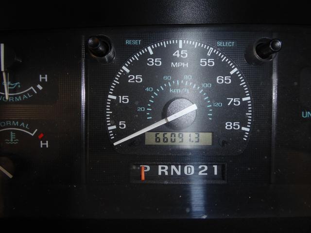 ウィネベーゴ 左ハンドル キャンピング車(26枚目)