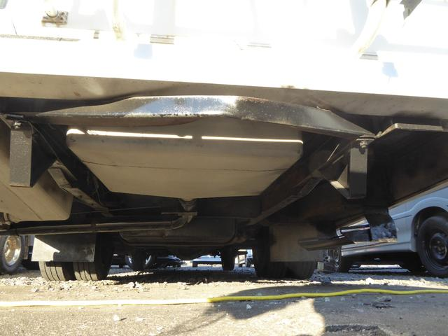 ウィネベーゴ 左ハンドル キャンピング車(29枚目)