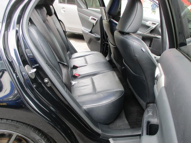 「レクサス」「CT」「コンパクトカー」「東京都」の中古車13