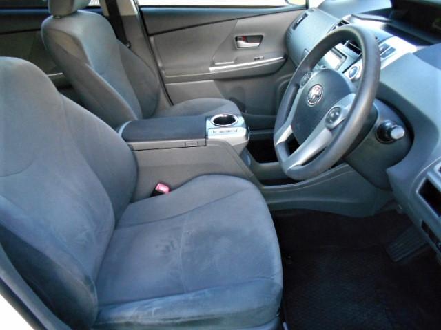 運転席、助手席の状態も良好です!!座り心地も◎です☆
