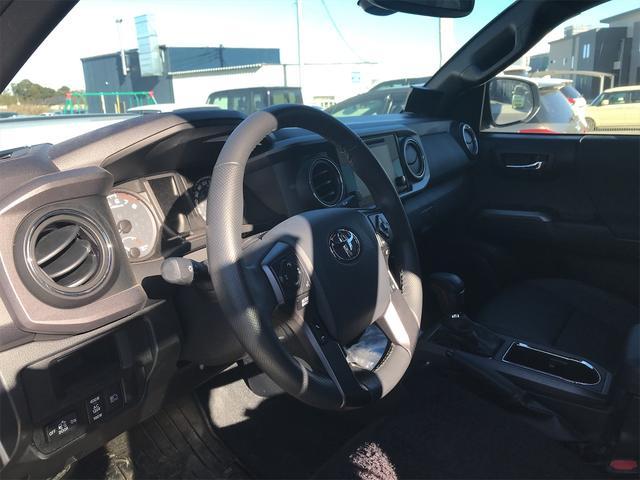 TRD PRO 新車並行車 ワンオーナー 4WD クルーズコントロール バックカメラ オートライト TRDパーツ レーンキープアシスト スマートキー(22枚目)