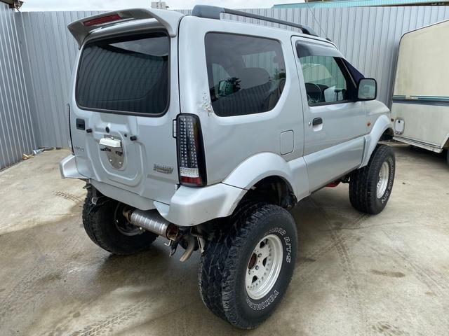 JZリフトアップ 社外ホイール 革シート 4WD ABS(8枚目)