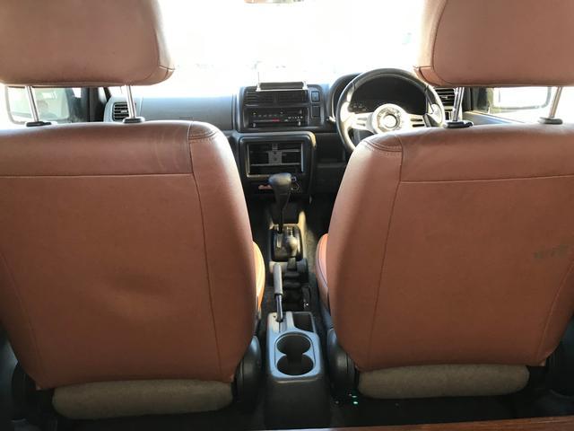 JZリフトアップ 社外ホイール 革シート 4WD ABS(14枚目)