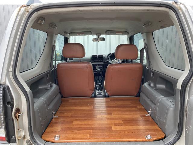 JZリフトアップ 社外ホイール 革シート 4WD ABS(18枚目)