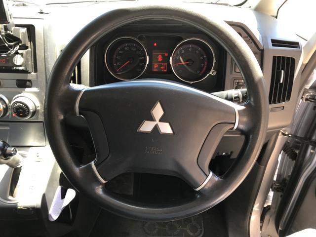 Mオートライト キーレス 4WD ガソリン 三列シート ナビ(16枚目)