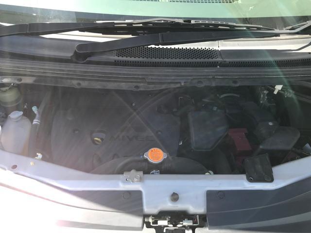 Mオートライト キーレス 4WD ガソリン 三列シート ナビ(17枚目)