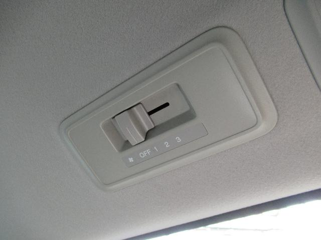 G L HDDナビパッケージ バックカメラ 両側自動ドア(15枚目)