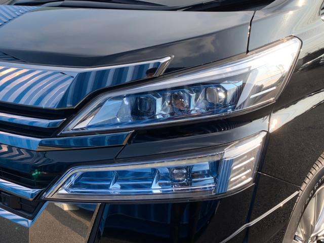 【3眼LEDヘッドライト】夜のドライブも安心です。シーケンシャルターンランプ&オートレベリング機能も付いてます♪