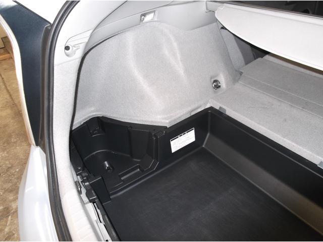 S S スマートキー プッシュスタート オートライト ビルドインETC 電動格納ミラー ドアバイザー(42枚目)
