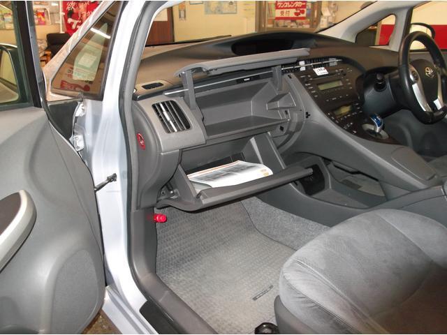 S S スマートキー プッシュスタート オートライト ビルドインETC 電動格納ミラー ドアバイザー(49枚目)