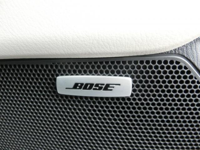 車内でも良い音で♪BOSEスピーカー付いてます。BOSE社との共同開発でCX-5にピッタリの音響チューニングを施してます☆