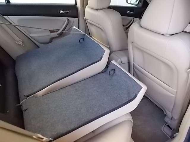 室内からトランク内のお荷物がお取り出来ます。