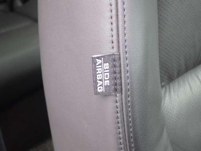 ベースグレード 黒本革 HDDナビ スマートキー Rカメラ(5枚目)