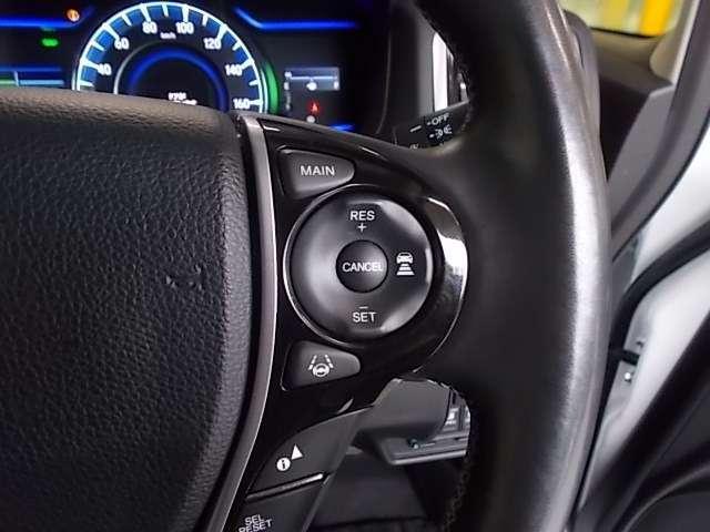 ハイブリッドアブソルート・ホンダセンシング 衝突軽減 後席モニター PWシート Rカメラ リヤ席モニター LED 1オーナー ETC メモリーナビ 衝突軽減 ナビTV フルセ 両側自動ドア Bカメラ(20枚目)