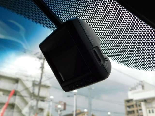 スパーダ・クールスピリット ホンダセンシング Hセンシング Mナビ Fドラレコ LED 両側電動ドア ワンオーナー リアカメ メモリーナビ 禁煙 衝突軽減B ETC シートヒーター LED ナビTV フルセグ スマートキー サイドSRS CD(3枚目)