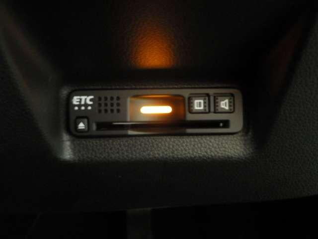 ハイブリッドZ ホンダセンシング LEDヘッドライト・コンフォートビュー クルコン シートヒータ ナビTV Bカメ フルセグTV 禁煙車 衝突軽減B キーレス メモリナビ ETC AW LEDヘッドライト スマートキー AAC(14枚目)