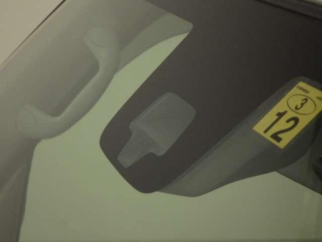 JPターボ 衝突軽減B ナビ ETC フルタイム4WD ナビTV オートエアコン 禁煙 両側スライドドア キーフリー シートヒーター ターボ メモリーナビ ABS 盗難防止システム WエアB インテリキー CD付(6枚目)