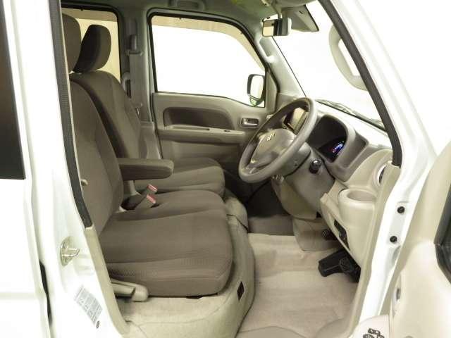 JPターボ 衝突軽減B ナビ ETC フルタイム4WD ナビTV オートエアコン 禁煙 両側スライドドア キーフリー シートヒーター ターボ メモリーナビ ABS 盗難防止システム WエアB インテリキー CD付(10枚目)