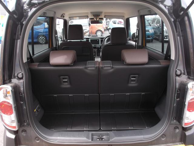 ラゲッジスペースは十分な広さを確保。シートアレンジも自由自在で使い勝手のよいお車です!