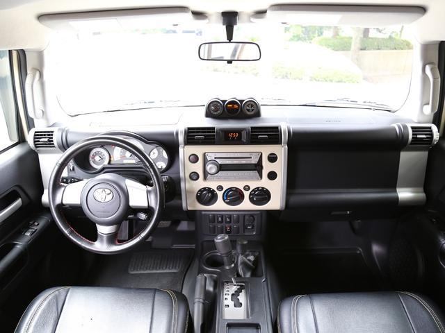 米国トヨタ FJクルーザー ベースグレード