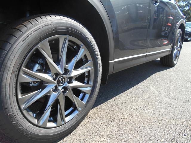 XD エクスクルーシブモード4WD 登録済未使用車OPカラー(12枚目)