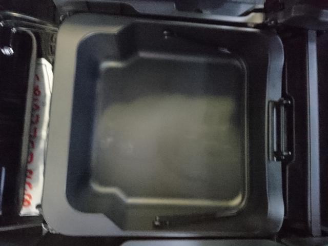 FXリミテッド4WD アイドリングストップ プッシュスタート(18枚目)