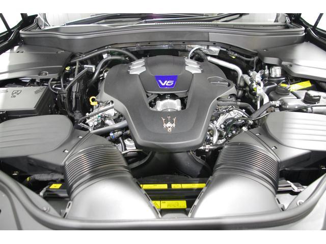 V6・3.0Lエンジン搭載430馬力