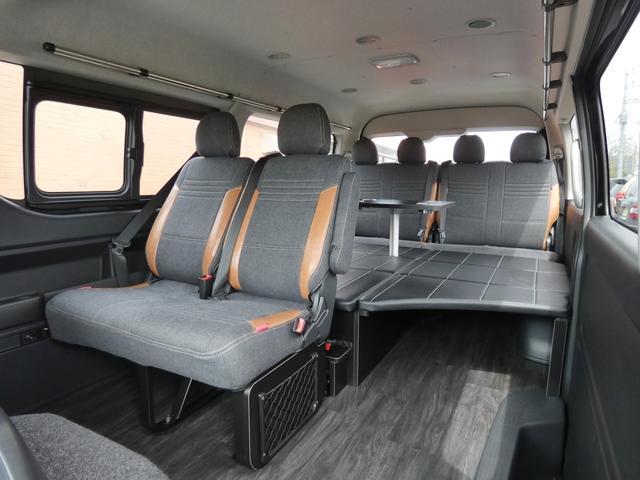 GL 床張り ベッド テーブル付きflexdreamライトキャンピングカーFD-BOX0 BrooklynStyleブラックデニムシートカバー LEDルームランプ アルミ&ナスカータイヤセット(3枚目)