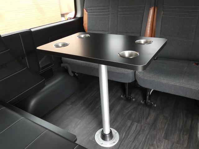 GL 床張り ベッド テーブル付きflexdreamライトキャンピングカーFD-BOX0 BrooklynStyleブラックデニムシートカバー LEDルームランプ アルミ&ナスカータイヤセット(4枚目)
